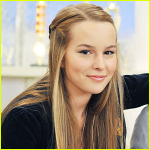 Bridgit Mendler wallpaper with a portrait called Bridgit Mendler