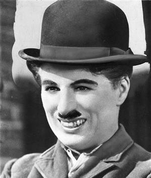 Charlie Chaplin karatasi la kupamba ukuta possibly with a fedora entitled Charlie Chaplin