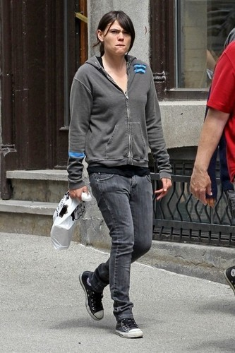 Ellen Page and Clea DuVall Out and About