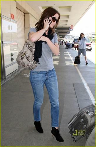 Emily Blunt: LAX Landing