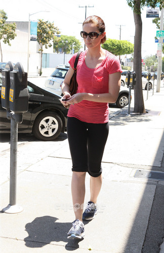 Emily Blunt hits the Gym in Beverly Hills, June 27