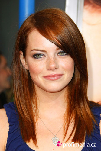 Emma Stone wolpeyper containing a portrait called Emma Stone ♥