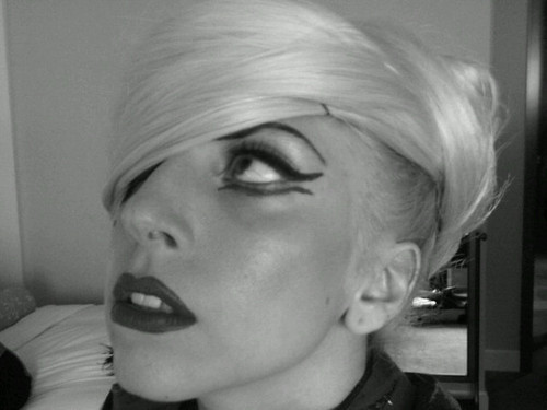 Gaga's Hair Beret - lady-gaga Photo