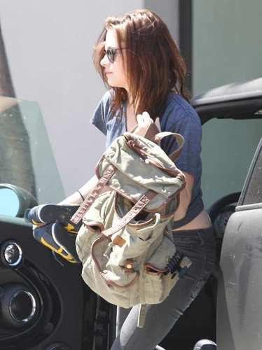 Kristen Stewart attending Yoga Class in LA