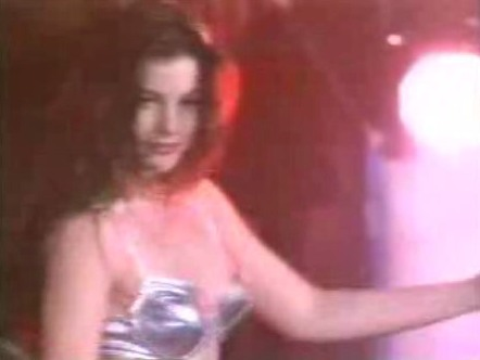 Liv Tyler achtergrond with a cocktail dress called Liv Tyler in Crazy (Aerosmith)
