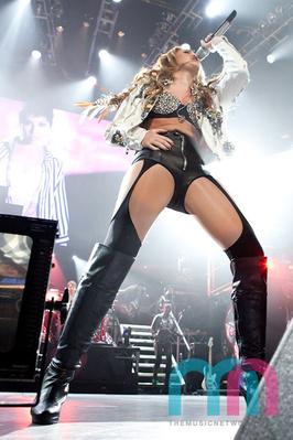 Miley in Austraila
