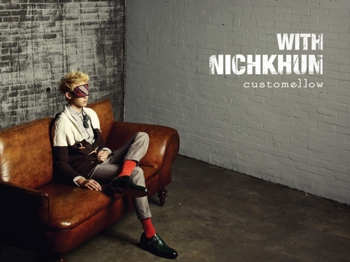 NichKhun Costumellow