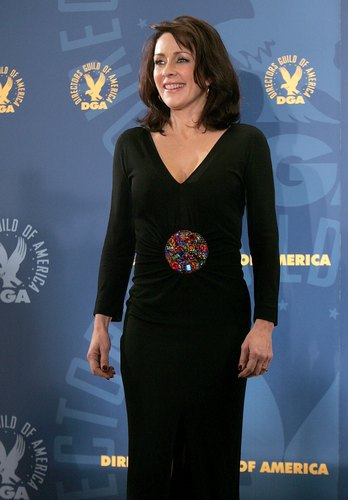patricia heaton wallpaper probably with a well dressed person entitled Patricia Heaton
