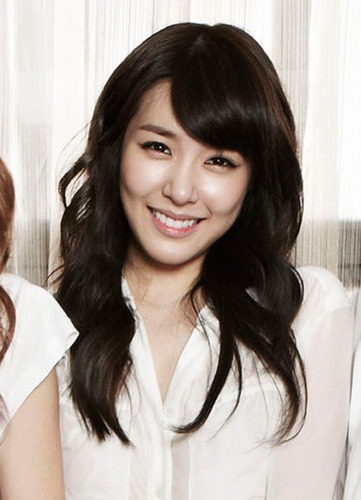 SNSD Tiffany GQ जापान August 2011