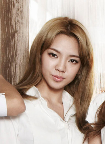 SNSD Hyoyeon GQ Japan August 2011
