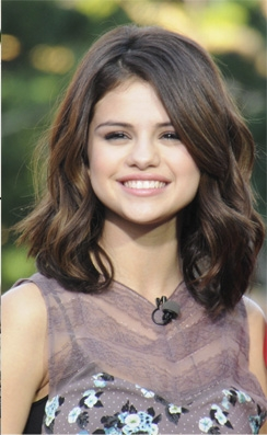 Smiley Selly! i love her <3