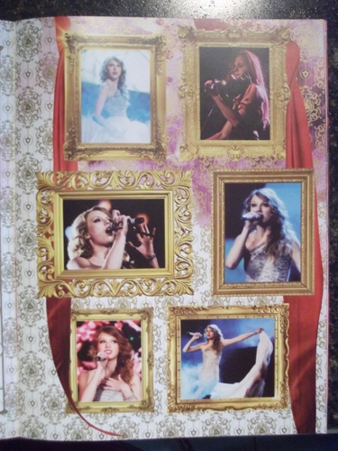 Speak Now World Tour Booklet