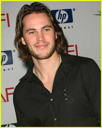 Taylor Kitsch wallpaper containing a portrait entitled Taylor Kitsch