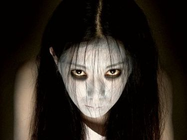 http://images4.fanpop.com/image/photos/23200000/The-Grudge-the-grudge-series-23271942-375-280.jpg