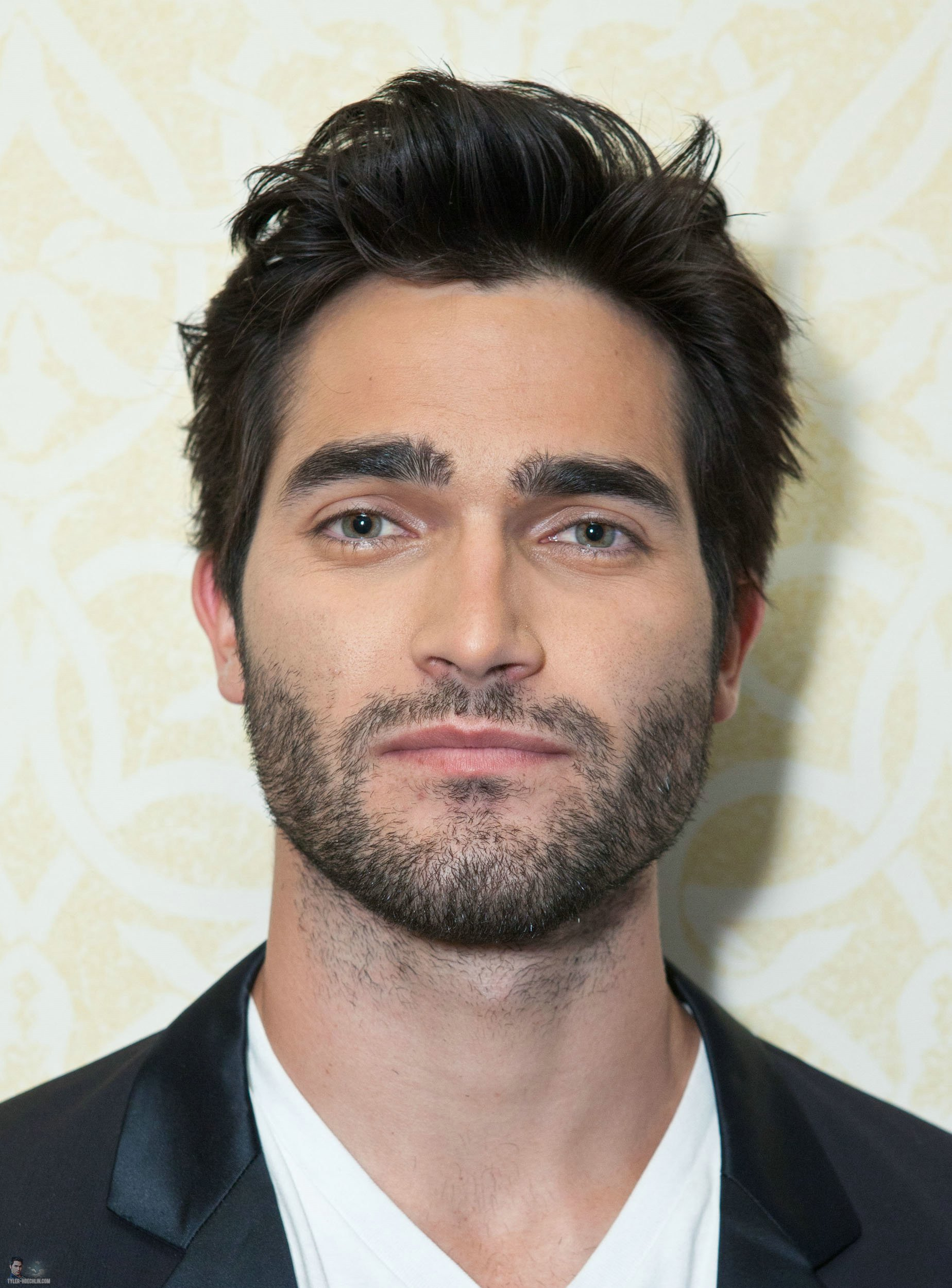 Tyler Hoechlin Images Visit Young Hollywood Studio Hd