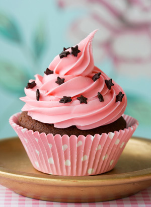 Cupcakes wallpaper with a cupcake, a frosted layer cake, and a cream cheese entitled cupcake