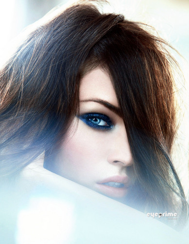 Megan fox, mbweha in the new Giorgio Armani Summer 2011 Beauty Campaign