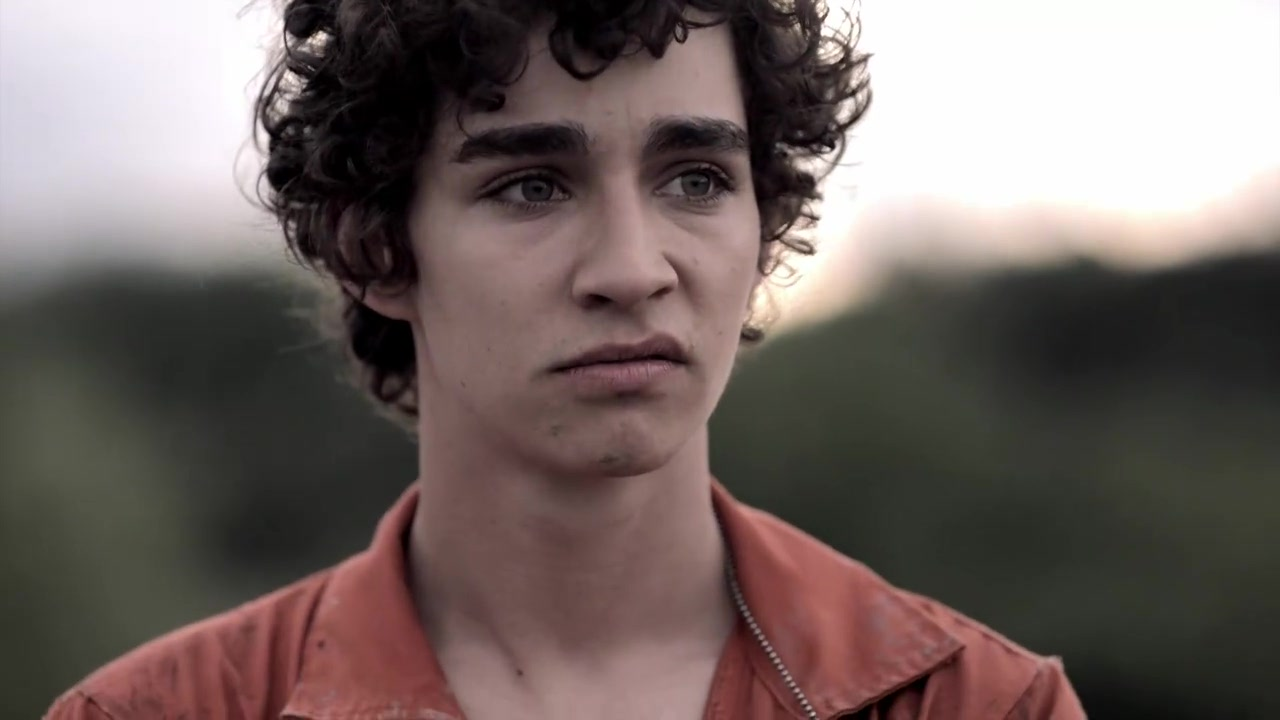 1x01 nathan young image 23331941 fanpop