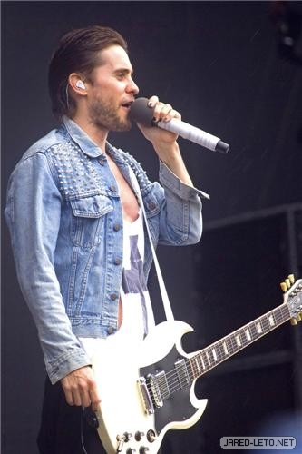 30 Seconds to Mars at the Peace & Love Festival - June 30