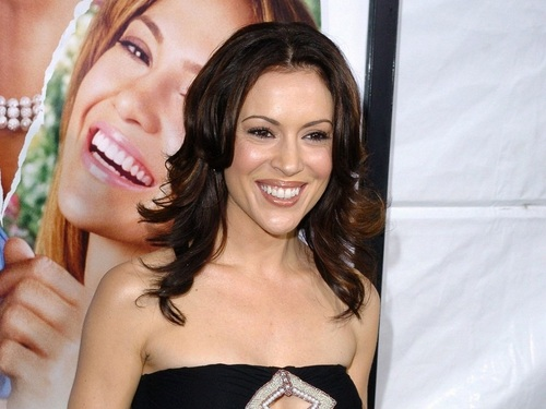 アリッサ・ミラノ 壁紙 containing a portrait entitled Alyssa Milano 壁紙