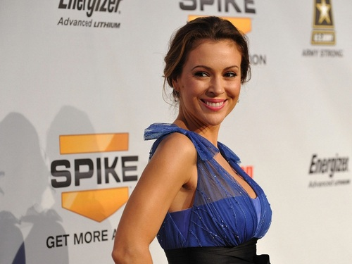 Alyssa Milano Wallpaper