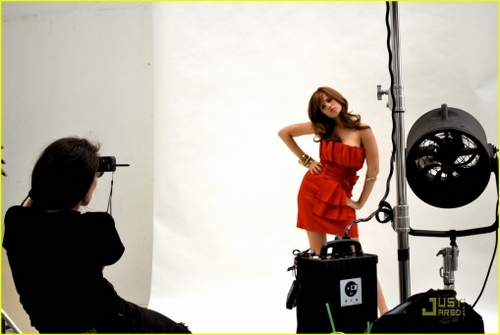 Behind the Scenes Photoshoots > #026