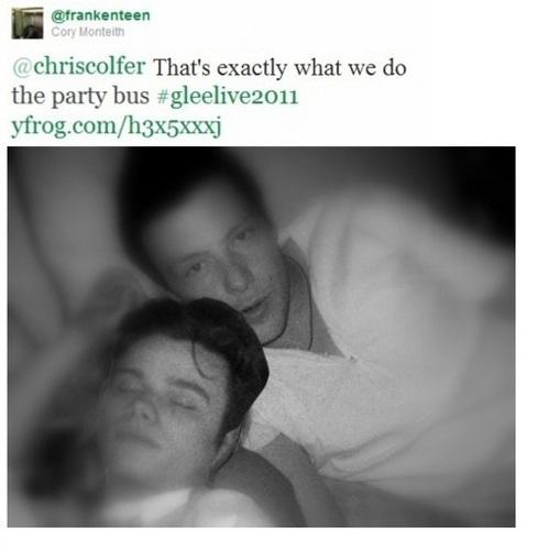 Cory & Chris tweet pic AWWwwww!!<3