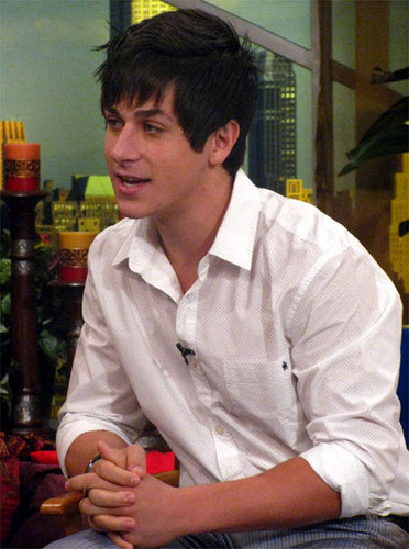 David Henrie/ Justin Russo