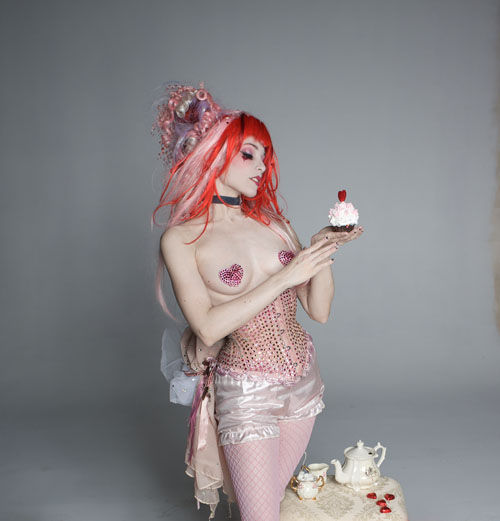 Song: Rose Red Artist: Emilie Autumn Lyrics: Rose rose, rose red Will I  ever see thee wed? I will marry at thy will sire At thy will A thousand  years gone ...