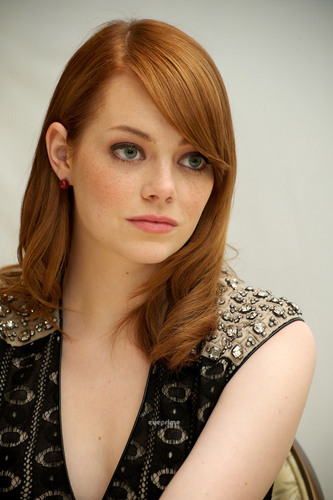 Emma Stone at 'The Help' Press Conference in Beverly Hills, Jun 29