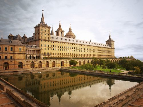 Escorial Monastery - Madrid - spain Wallpaper