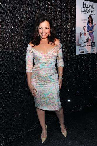 Fran Drescher Hintergrund with a cocktail dress titled Fran Drescher
