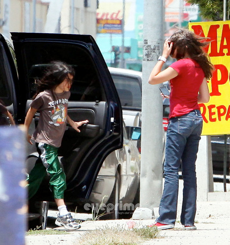 HQ-Prince, Paris and Blanket 6/29/2011