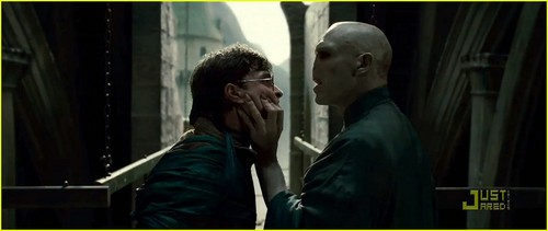 Harry Potter and the Deathly Hallows, Part II -- Official Pics!