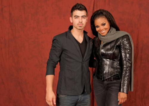 Janet Jackson wallpaper with a well dressed person entitled Janet and Joe Jonas