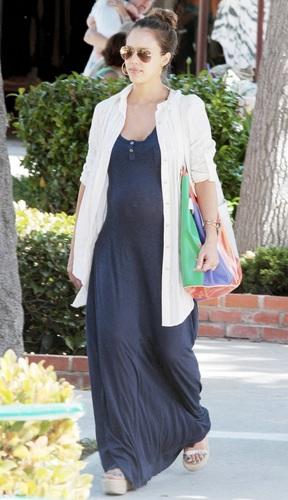 Jessica - Leaving The Malibu Country Mart - July 02, 2011