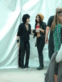 Joan and Scout behind the Scenes - the-runaways-movie photo
