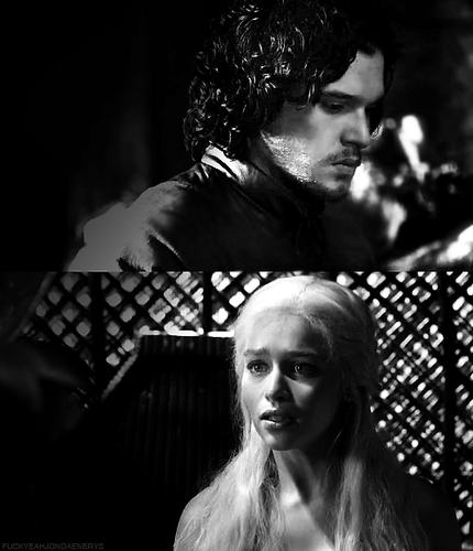 Jon & Daenerys wallpaper probably with a chainlink fence called Jon & Daenerys