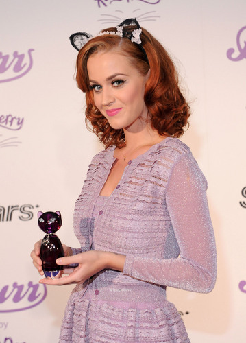 Katy Perry promotes her Fragrance in Toronto, Jun 30