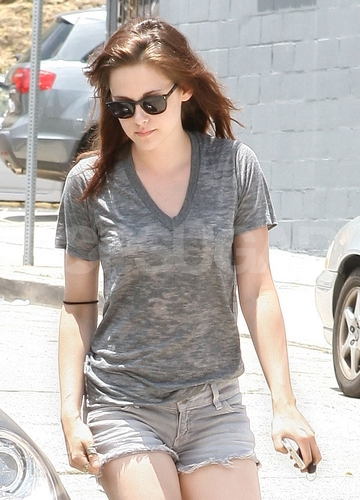 Kristen Goes Horseback Riding as She Preps For Her Snow White Role