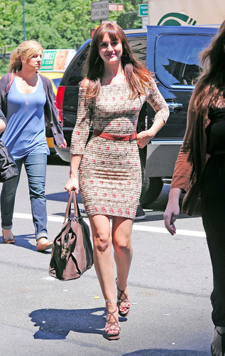 Leighton, Selena & Katie arrive at the Monte Carlo Press Junket in NY, June 30