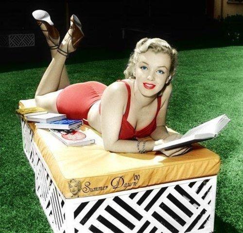 Marilyn Monroe - Summer