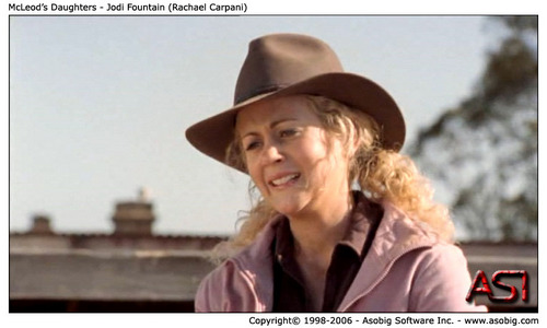 McLeod's Daughters - Jodi mata air, air pancut (Rachael Carpani)