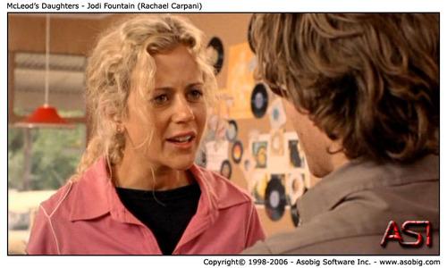 McLeod's Daughters - Jodi 噴水 (Rachael Carpani)