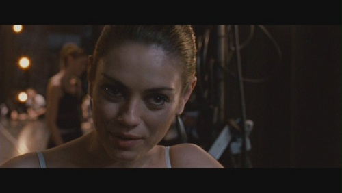 Mila Kunis kertas dinding possibly containing a portrait called Mila Kunis as Lily in 'Black Swan'