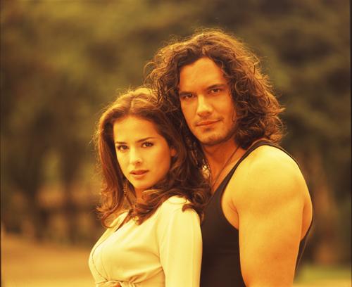 http://images4.fanpop.com/image/photos/23300000/Pasion-de-Gavilanes-minhas-telenovelas-23333599-500-408.jpg