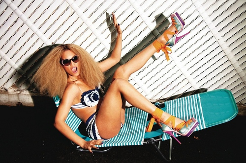 Beyonce wallpaper with sunglasses entitled Photos By Ellen Von Unwerth