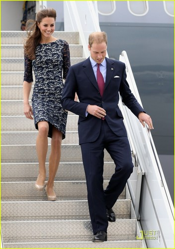 Prince William & Kate: Ottawa Landing