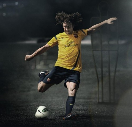 Promo poster for the 2011/12 Kit (Carles Puyol)
