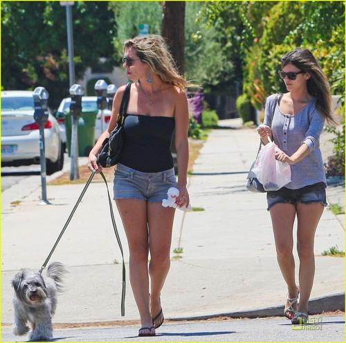 Rachel Bilson Picks Up After Her Pet Pooch